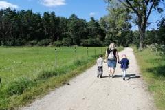 Spaziergang mit der Godi Monika in Wolnzach